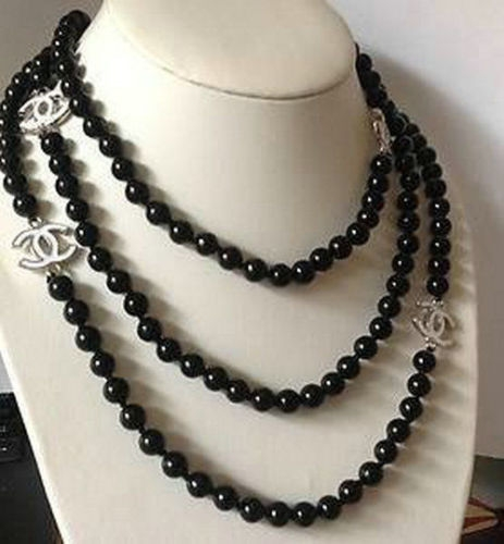 single strand ivory and black pearl necklace